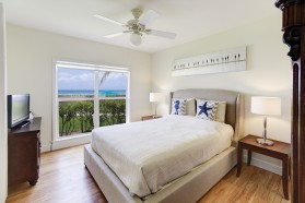 Oceanfront Condo at Smb, Sleeps 6, Just Paradise