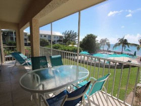 Beautifuly Renovated 3 Bedroom 2 Bath Beach Front Condo on Seven Mile Beach!